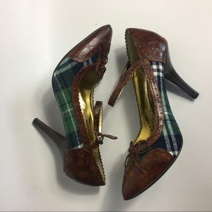 Naughty Monkey brown and plaid green pumps